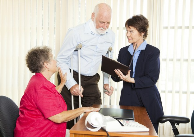 Tips For Working With A Claims Adjuster And Personal Injury Lawyer To Resolve Your Case