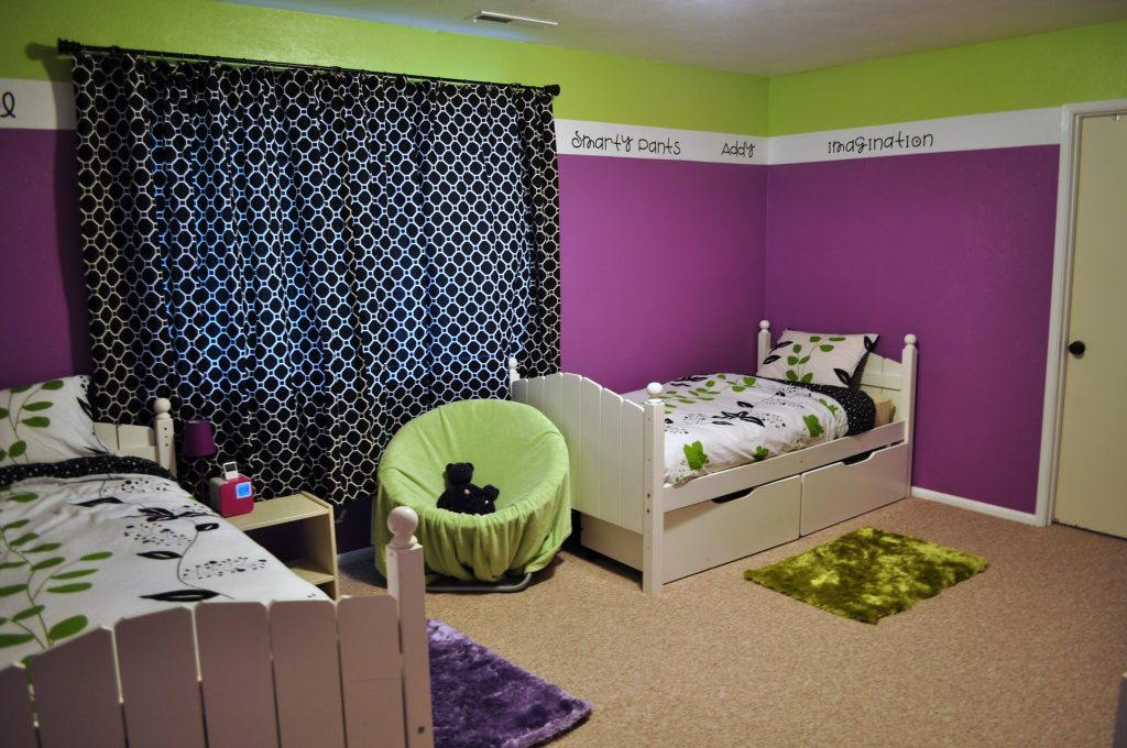 Large Wall Decals You Should Add To Your Toddler's Bedroom