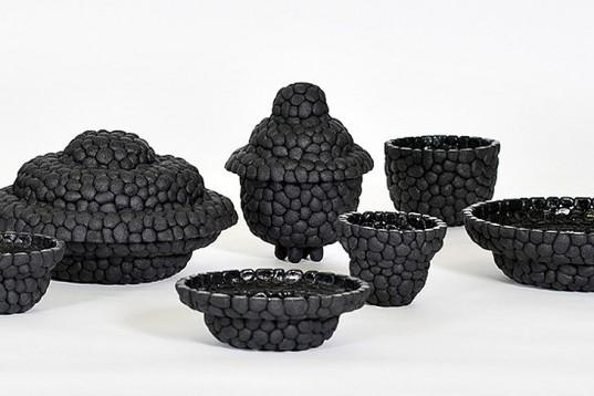 Debbie-Wijskamp-Recycled-Rubber-Black-Ruby-Vessels-1-537x358
