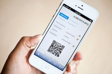 Apple Removes Blockchain, The Last Remaining Bitcoin Wallet App From Its App Store