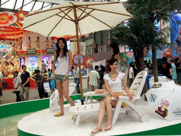Hire Promotional Models To Engage Future Customers