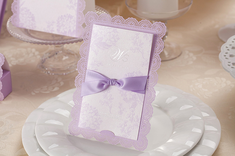Tips To Choose Affordable Wedding Invitations