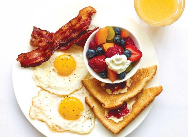Why College Students Shouldn't Skip Breakfast