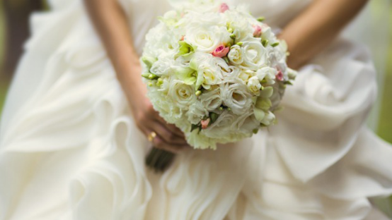 Top 5 Reasons For Buying Your Wedding Flowers Online