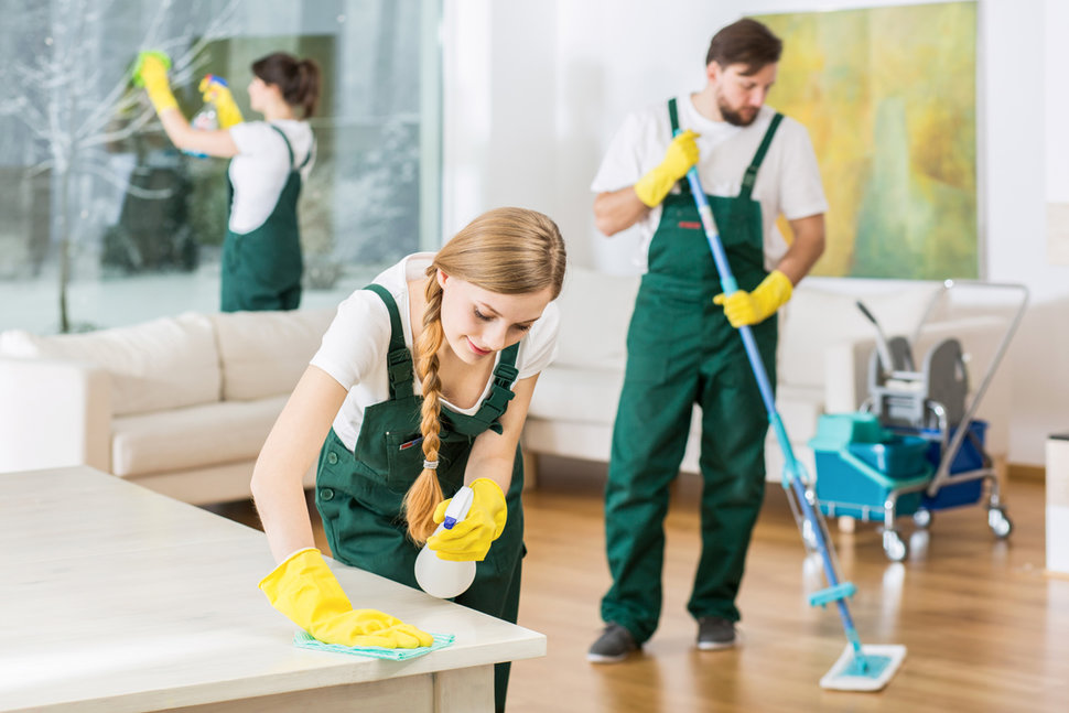 How Hiring A House Clearance Company Can Benefit You In Many Ways?