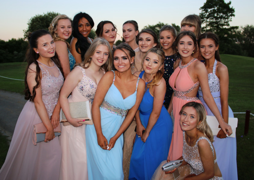 Fabulous Prom Gifting Options