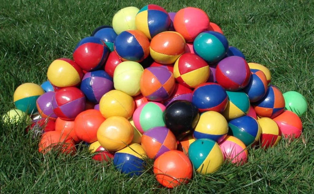 Tips For Acting As A Smart Ball Juggler