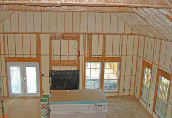Choosing Spray Foam Insulation Contractors Toronto