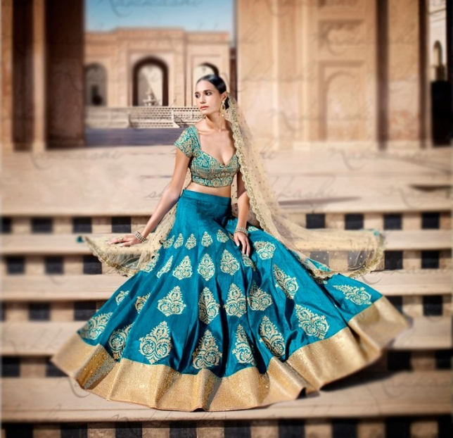 Amplify Your Charm and Grace With Lehenga Cholis