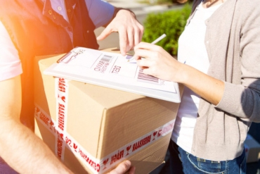 Great Opportunities Are There For The Parcel Delivery Now