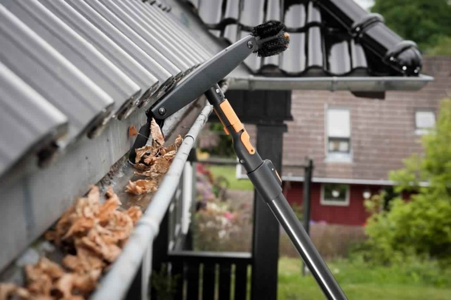 Be Smart and Hire A Gutter Cleaner