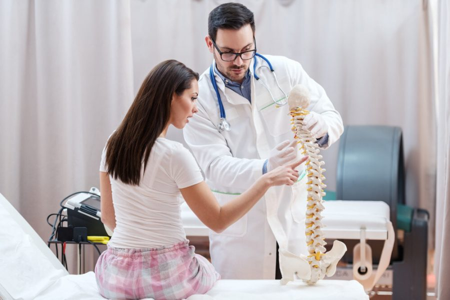 9 Ways to Keep Your Spine Healthy With Ageing